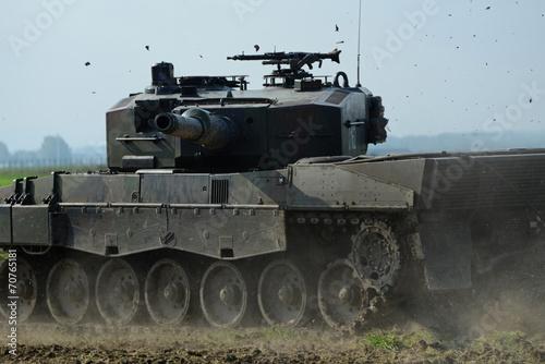 Tank - Leopard