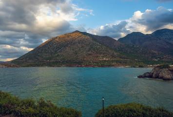 Берег Крита на закате