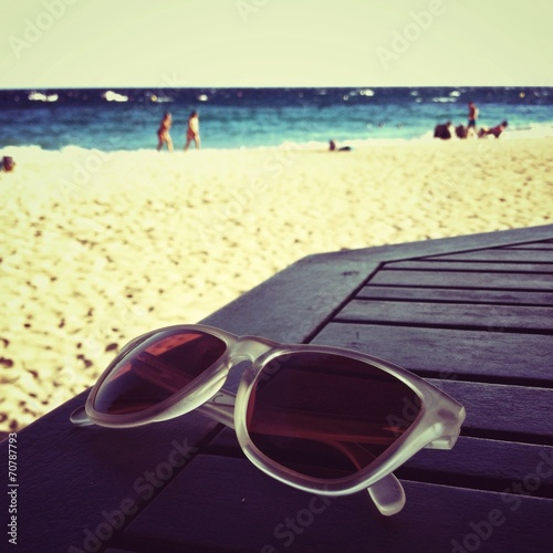 canvas print picture sunglasses on the beach