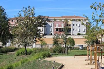 Espaces verts et résidence à Aubagne en Provence