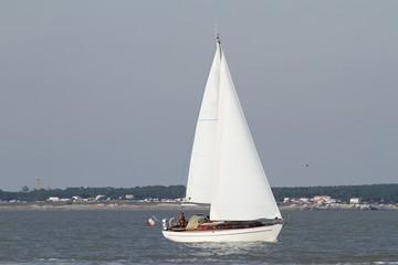 voilier sur la côte atlantique