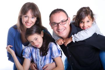 Famiglia con papà mamma e figlie