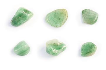 Sechs Edelsteine poliert grün Fluorit Heilstein