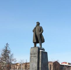 Памятник Ленину на площади революции. Красноярск