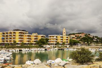 San Lorenzo Hafen