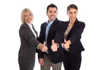 Daumen hoch: lachende Geschäftsleute freigestellt
