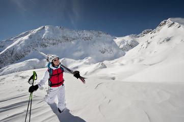 Österreich, Salzburg, Altenmarkt-Zauchensee, österreichische Frau, Skifahren