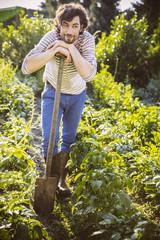 Arbeiten im Gemüsegarten