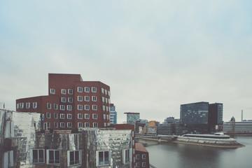 Deutschland, Nordrhein-Westfalen, Düsseldorf, Blick zum Medienhafen