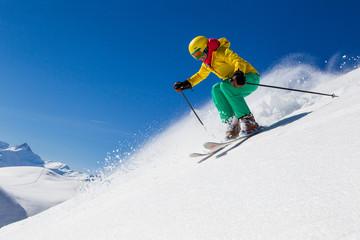 Schweiz, Graubünden, Obersaxen, Weibliche Skifahrer