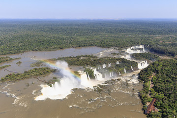 Südamerika, Brasilien, Parana, Iguazu Nationalpark, Iguazu Wasserfälle und Regenbogen