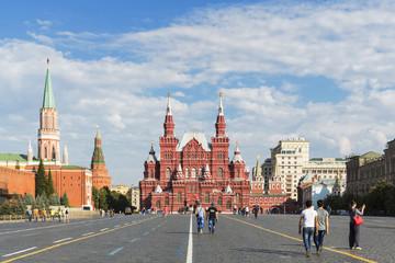 Russland, Zentralrussland, Moskau, Roter Platz, Kreml-Mauer, Staatliches Historisches Museum, Iberische Tor, Nikolskaya Turm, Arsenal-Turm im Hintergrund