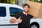 Smiling delivery man - 70854706