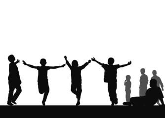 Hareketli çocuklar ( siyah-beyaz )
