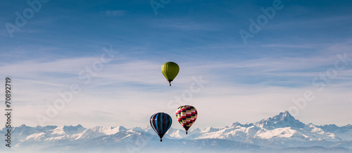Foto Spatwand Luchtsport Mongolfiere e montagne