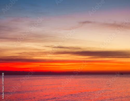 Leinwanddruck Bild Heavens Gold Sunrise