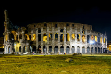 Colosseum in rome by Night full view