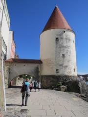Passau Innseite Uferpromenade Turm