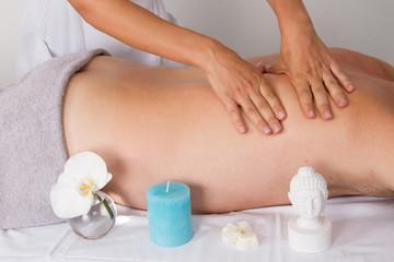 Bouddha et massage