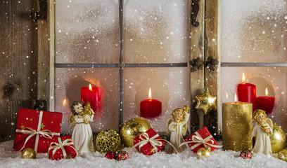 Weihnachtskarte: Rustikaler Hintergrund Weihnachten in Rot Gold