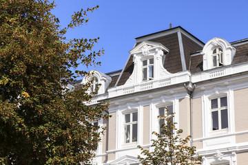 Fassade eines Hauses im Barock-Stil