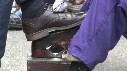 Shoe Shine, Footwear