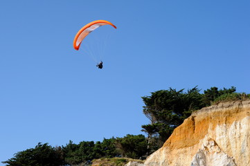 PARAGLIDING ON MINE D'OR