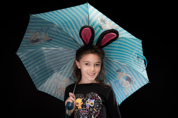 Filette au parapluie