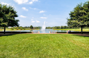 The park with fountain view in the Chicago Botanic Garden