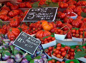 Tomatoes and garlic on the french rural market