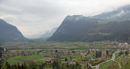 plain with the village in the middle of the Valley between two m