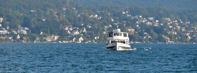 bateau...transport lacustre