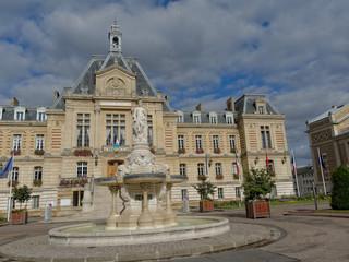 Fontaine de l'Hôtel de ville d'Evreux (27)