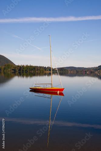 canvas print picture ein Segelboot allein auf dem Schliersee