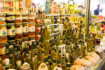 Marché - miel et huile d'olive