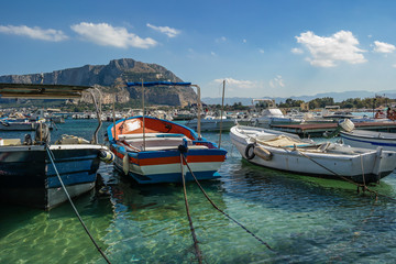 Mondello Hafen Sizilien