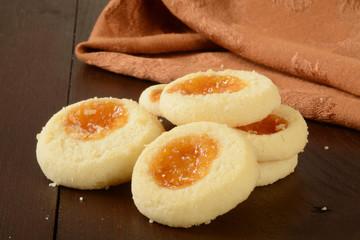 Apricot shortbread cookies