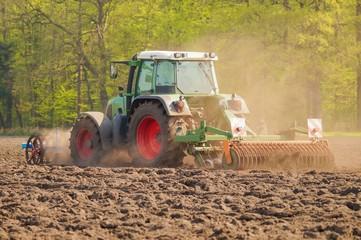 Ackerbau, Bodenbearbeitung