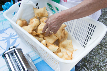 picking a gnocco fritto