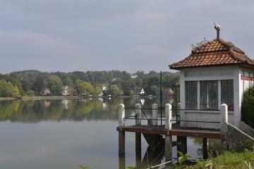 L'un des pontons au lac de Genval