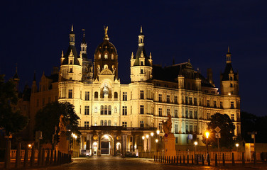 Schwerin Castle (Schweriner Schloss) at night, Germany
