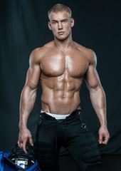 Male bodybuilder Serge Henir