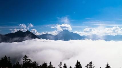 Zeitraffer Alpenpanorama mit Wolken
