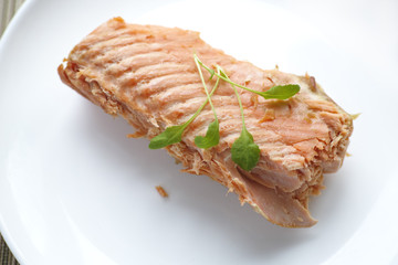 Fillet of salmon with watercress salad