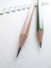 鉛筆とノート