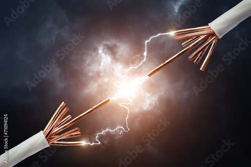 Two electric cables - 71094124
