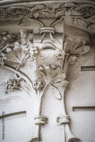 flourishes carved in stone, Spanish city of Valencia, Mediterran © Fernando Cortés