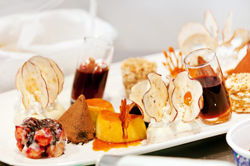 different kinds desserts