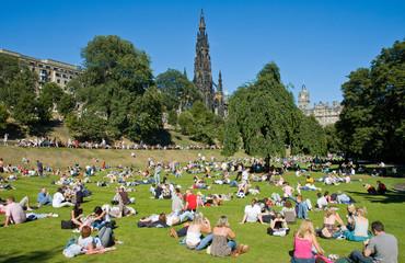 Edinburgh sunny day