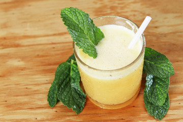 orange juice, with mint